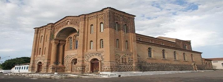 Catedral Nossa Senhora das Mercês - Porto Nacional TO - foto: Koró